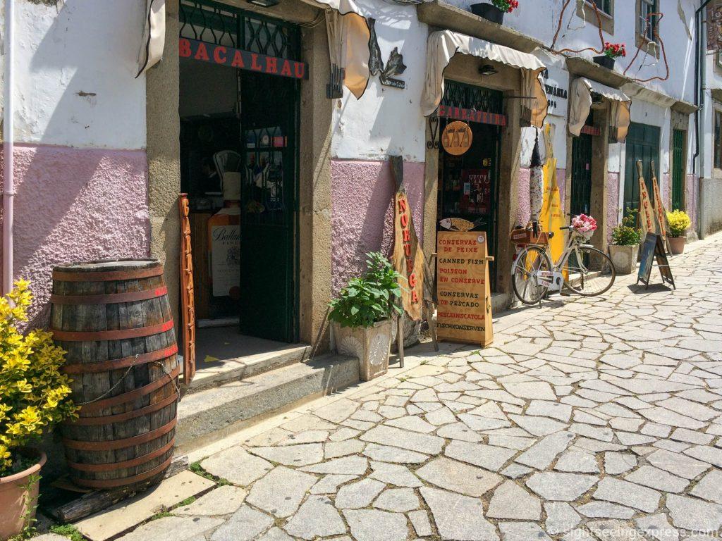 Boutique shops at R. de São João, Braga